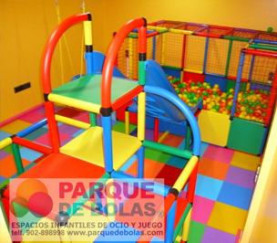 Parques de bolas economicos y parques infantiles parque for Bolas piscinas infantiles