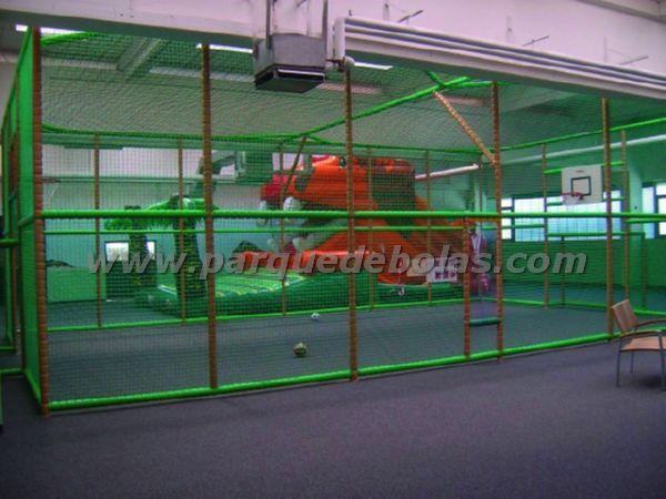 http://www.parquedebolas.com/images/productos/peq/tn_FU5.jpg