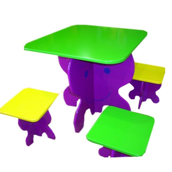 http://www.parquedebolas.com/images/productos/peq/mesataburetes.jpg