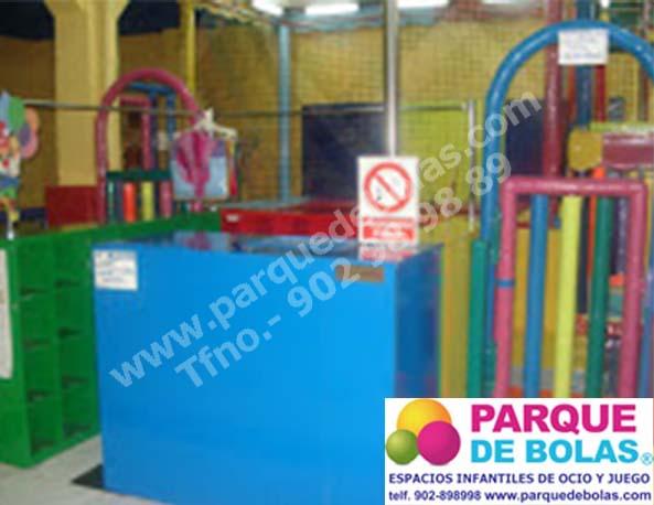 http://www.parquedebolas.com/images/productos/peq/recepcion%20parque.jpg
