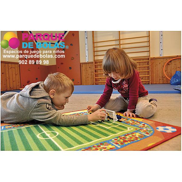 Juegos y juguetes para juego en grupo parque de bolas for Spielküche ab welchem alter